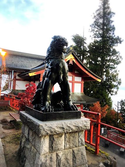 御岳山 御嶽神社 狛犬